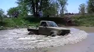 #181 truck mud and water cross [Davidsfarm]