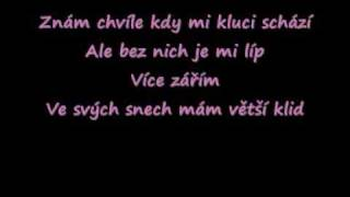 Ewa Farná Z bláta do louže lyrics