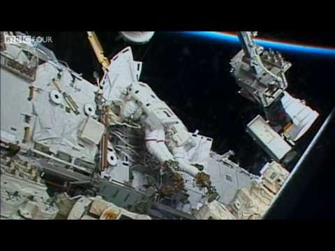 An Astronaut's First Space Walk - Around the World in 60 Minutes
