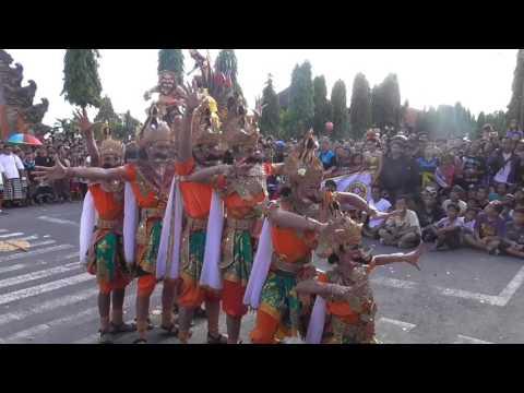 Pawai-OgohOgoh-Kabupaten-Klungkung-2016-Duta-Kecamatan-Dawan.html