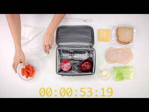 How to Pack A Turkey Sandwich Lunchbox in One Minute