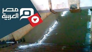 preview picture of video 'مصر العربية | محطة سكة حديد بنها تغرق فى مياه الصرف'