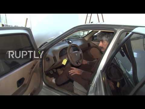 Nhà khoa học IRAN thử nghiệm xe chạy bằng nước lã (60 lít nước = 900 km)