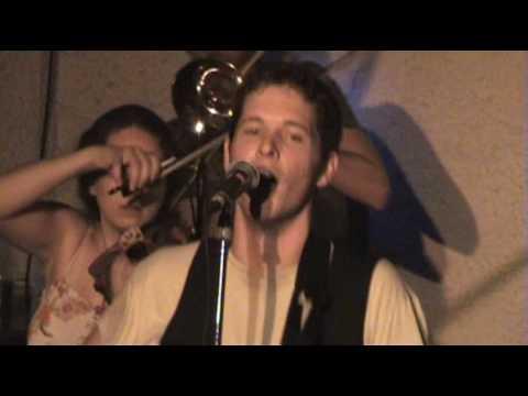 13 León - To The Children Of Tomorrow (reprise) (live) 29052010 K44 wmvpal.wmv