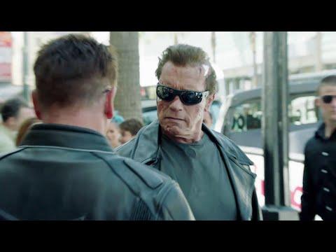 Legend: Arnold Schwarzenegger trolling fans!