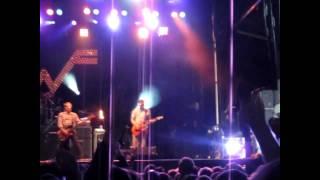 Weezer - Buddy Holly @ Sonic Boom