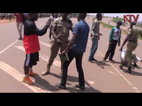 Police clash with Kawempe youth over Museveni cash