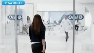 Gözde Mukavelat (Melek) De Esposa Joven Publicidad De Oral-B