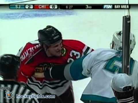 Ryane Clowe vs Jim Vandermeer