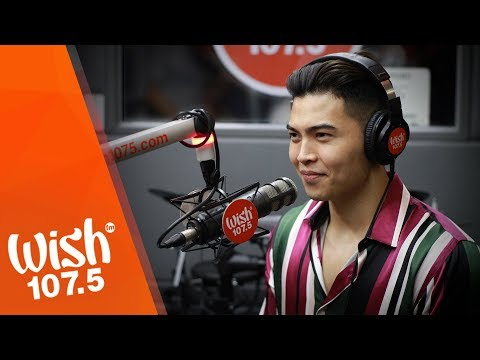 "Daryl Ong performs ""Don't Know What To Do"" LIVE on Wish 107.5 Bus"