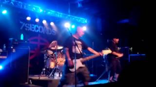 "7 Seconds ""You Lose"" & ""We're Gonna Fight"" Live @ Vegas Country Saloon - Punk Rock Bowling 5/26/13"