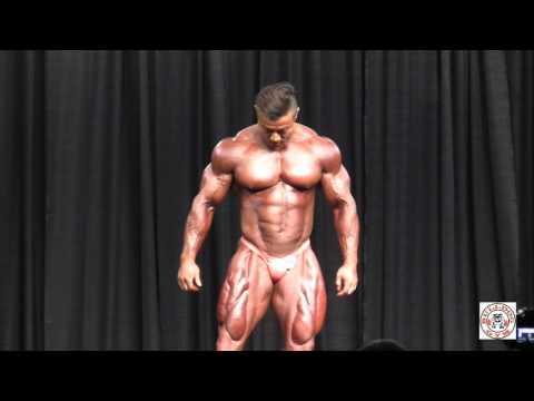 Jak podkręcić mięśnia piersiowego większego