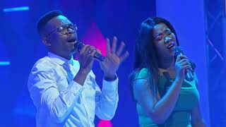 Moya O Halalelang(Live) by Zaza Mokhethi