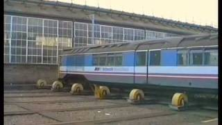preview picture of video 'Standard stock car  returns to Acton from the Isle of Wight A film by Fred Ivey Dec 1991'