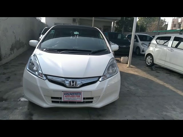 Honda Fit 1.3 Hybrid Base Grade 2011 for Sale in Lahore