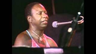 Nina Simone - My Baby Just Cares For Me (Live at Montreux)