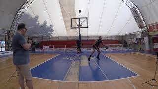 <p>Delivery Basketball: intern work-out</p>