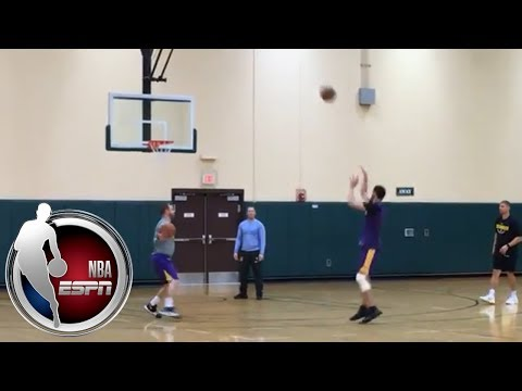 Lonzo Ball puts up shots at Los Angeles Lakers' practice | NBA on ESPN