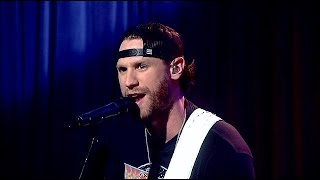Chase Rice performs Ready Set Roll