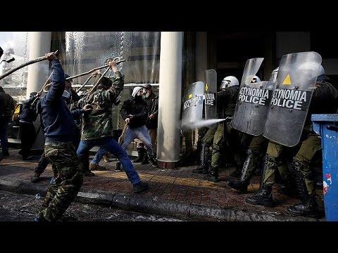 Ελλάδα: Ένταση και χημικά στο αγροτικό συλλαλητήριο στην Αθήνα