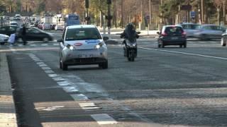 Paris Revs Up For Eco-friendly Car Sharing