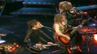 Dixie Chicks - Traveling Soldier (2003) Arrowhead Pond, Anaheim, CA