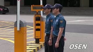 Kstyle東方神起チャンミン&SUPERJUNIORシウォン除隊現場取材OSEN
