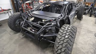 Off-Road Lamborghini Huracan Gets A Paint Job!!