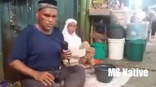 Pengamen Tua Dan Buta Bersuara Merdu! Merinding (HD)