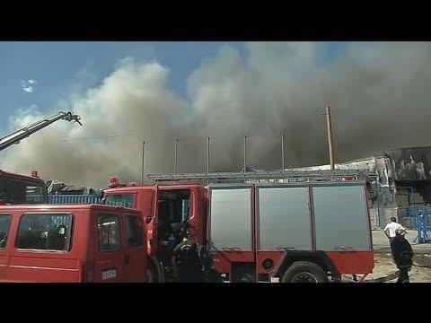 Φωτιά σε εργοστάσιο στον Ασπρόπυργο – Διακοπή της κυκλοφορίας στη λεωφόρο ΝΑΤΟ