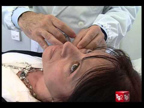 Maschere per pelle intorno a occhi con oli essenziali