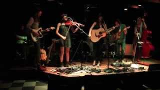 """Take Your Time"" Ali Sperry & the Family Vacation live at Zanzabar"