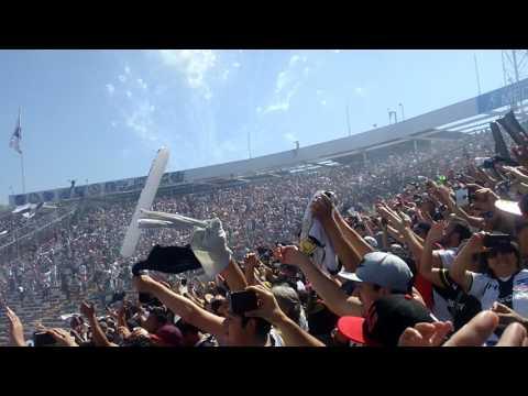"""""""Salida Colo-Colo vs madres (2 octubre 2016)"""" Barra: Garra Blanca • Club: Colo-Colo"""