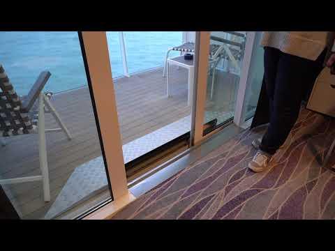 Neue Mein Schiff 2: Junior Suite Balkon barrierefrei 10025