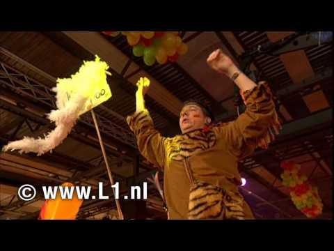 LVK 2010: nr. 16 - Duo X-Elle - Wat Deiste?? (Maastricht)