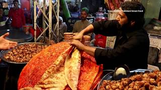 Pakistani Street Food In Lahore | Lahori Katlama | Deep Fried Desi Pizza | Pakistani Street Food