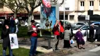 preview picture of video 'Arles (France) Anti-Corrida (anti-bullfighting) 4-4-2015'