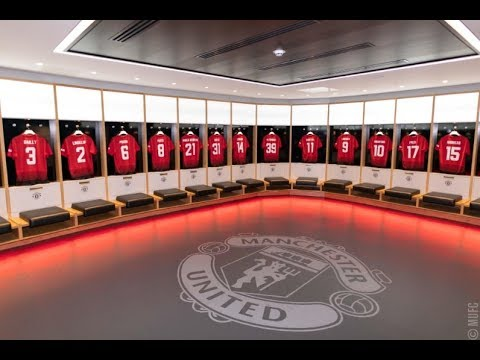 Manchester United Stadium Tour 2018  Dressing Room vlog 4
