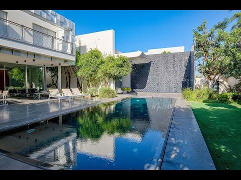 An Exceptional Luxury Villa