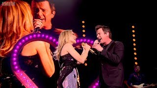 Kylie Minogue & Rick Astley   I Should Be So Lucky Never Gonna Give You Up (Hyde Park 2018)