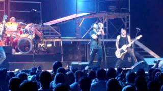 Daughtry - Concert Opening & Every Time You Turn Around - Live in Austin, Texas on December 13, 2009