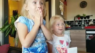 Reakcja sióstr na nowe rodzeństwo . Matylda i Lili