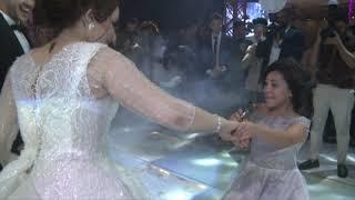اخت العروسه بتغني في فرحها تحميل MP3