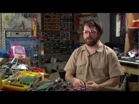 NEW YORK electriCITY: episode 1: Circuit Bending