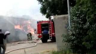 preview picture of video 'Großbrand in Bruck an der Leitha.....Feuerwehreinsatz'
