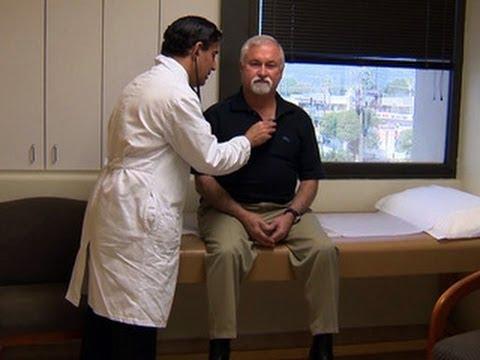 Ipertensione paziente osserva una dieta priva di sale di vedere un medico