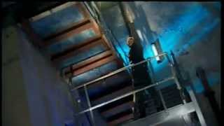 Doctor Who Scene! Donna Noble Swings!!