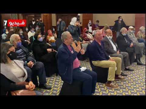 عمر عبد العزيز انا اكبر من صلاح عبد الله ولكن بحس انه ابني