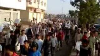 preview picture of video 'Khormaksar 22-02-2011 Aden-Yemen المسيرة السلمية لخورمكسر-عدن-اليمن'