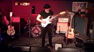 Joe Robinson -- Out Alive